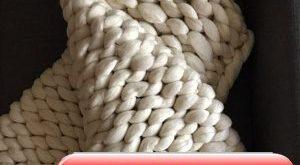 Chunky knit blanket - PINK chunky knit throw - Pink blanket - chunky knit - arm knitting blanket - bed runner - pink throw - Christmas