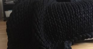 Black Chunky knit blanket, Merino wool, Wool throw, Chunky blanket, Giant knit b